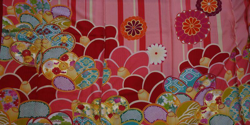 振袖フルセット ピンク地にポップ感覚の大きな模様が本当に可愛い振袖